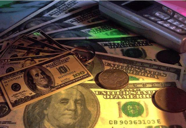 Avatrade爱华外汇:美元跌至三周低点,现货黄金较日低回升逾20美元