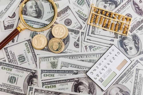 Avatrade爱华外汇:美国股市下跌,美国商品贸易逆差刷新纪录