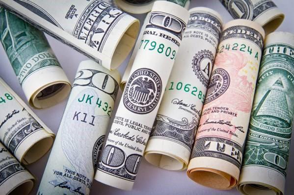 Avatrade爱华外汇:美布两油双双下跌,美元指数继续反弹