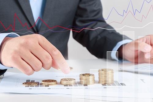 AvaTrade爱华外汇:美国经济前景充满不确定性,现货黄金价格保持稳定。