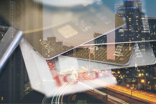 AvaTrade爱华外汇平台:现货黄金表现平静,美股全线高开高走
